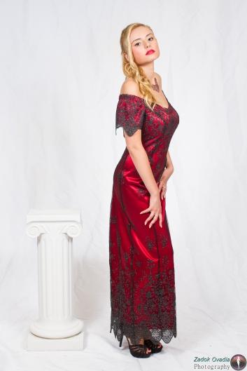 <h5>שמלת בורדו ברודורה</h5>