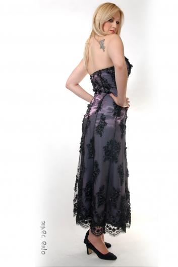 <h5>שמלת תחרה חרוזים</h5>
